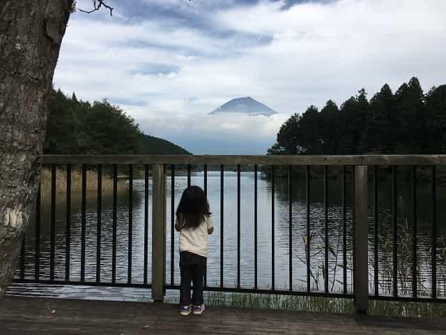 田貫湖キャンプ場 展望デッキからの眺め