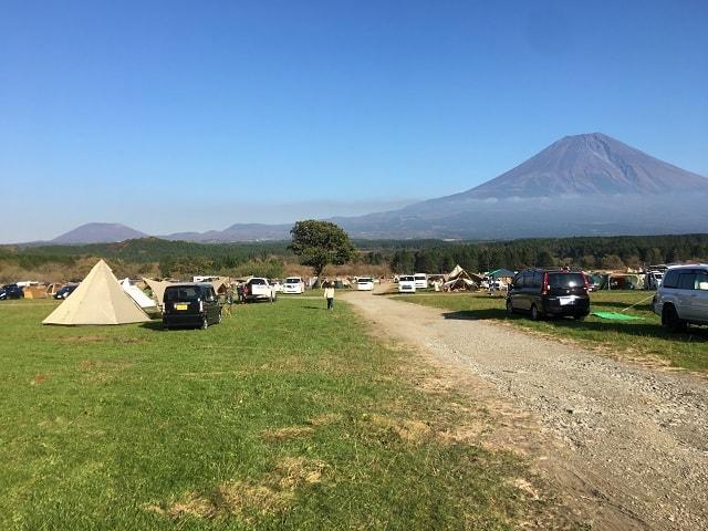 ふもとっぱら 富士山を一望!