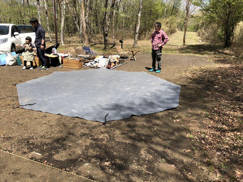 十里木キャンプ場 場所取りと搬入