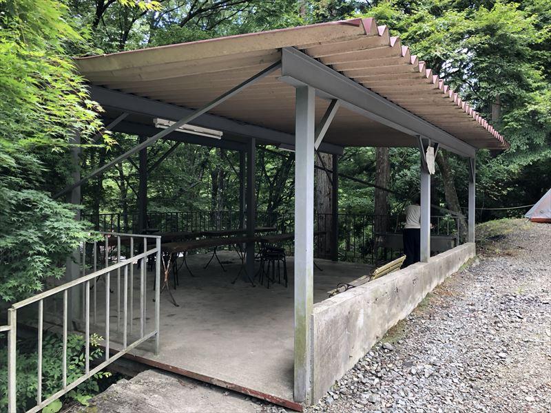 道志の森キャンプ場 炊事棟