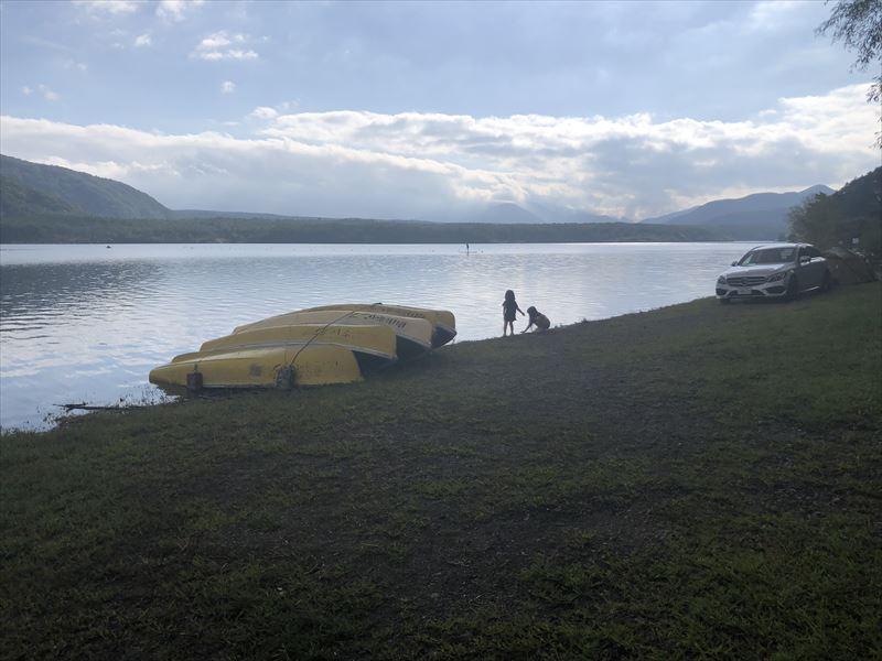西湖自由キャンプ場 湖畔02