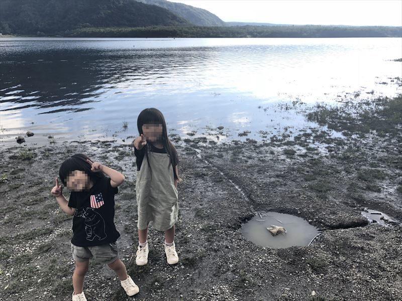 西湖自由キャンプ場 湖畔00