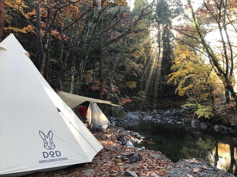 道志の森キャンプ場 念願の川沿いサイト 02
