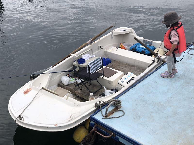 ボートで海釣り 使用した手漕ぎボート