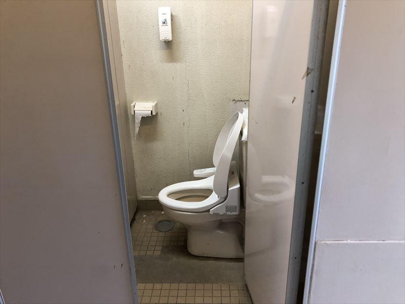 青野原オートキャンプ場 Aサイトトイレ02 洋式