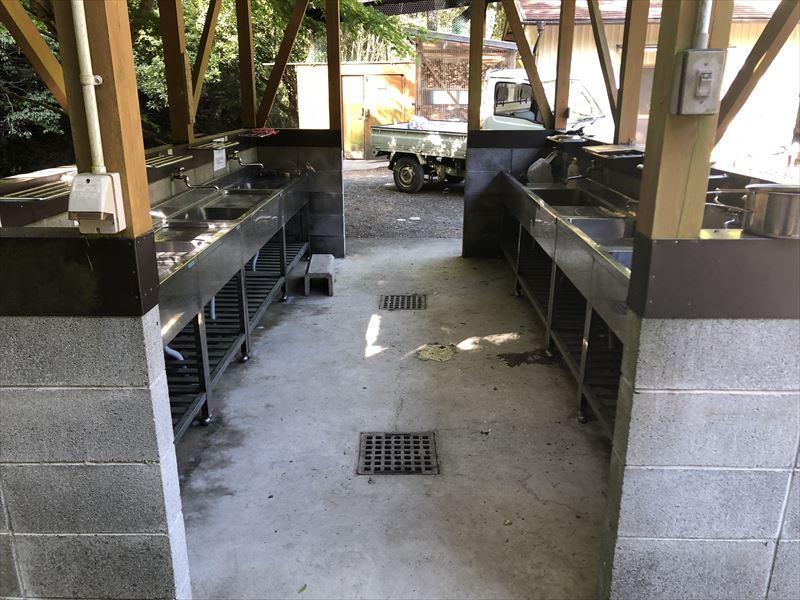 炭焼の杜 明ケ島キャンプ場 炊事場01