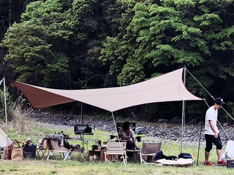 夏キャンプ タープ