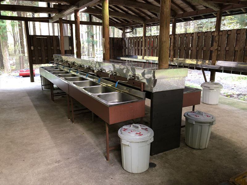 富士オートキャンプ場ふもと村 炊事場