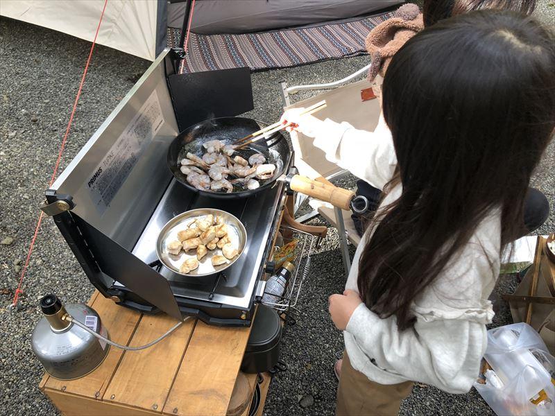 富士オートキャンプ場ふもと村 お料理のお手伝い