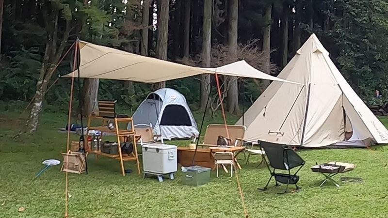 長田山荘キャンプ場 ポップアップテント
