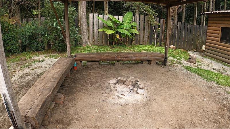長田山荘キャンプ場 たき火スペース