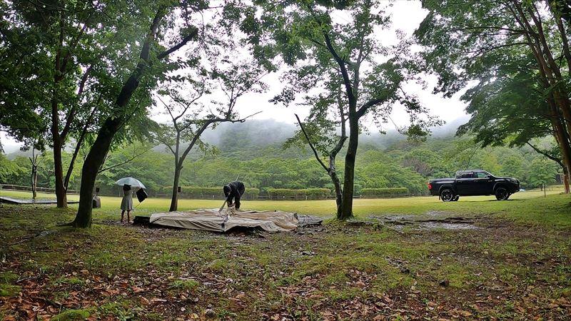 沼津市 市民の森で雨キャンプ 02